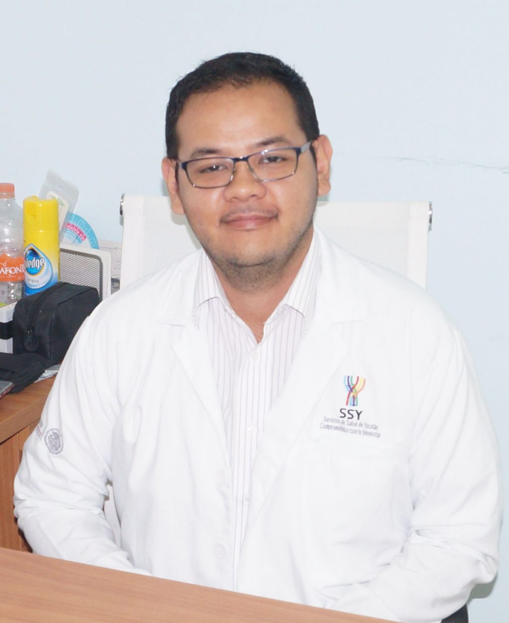 Dr Antonio Arcoveda González.jpg
