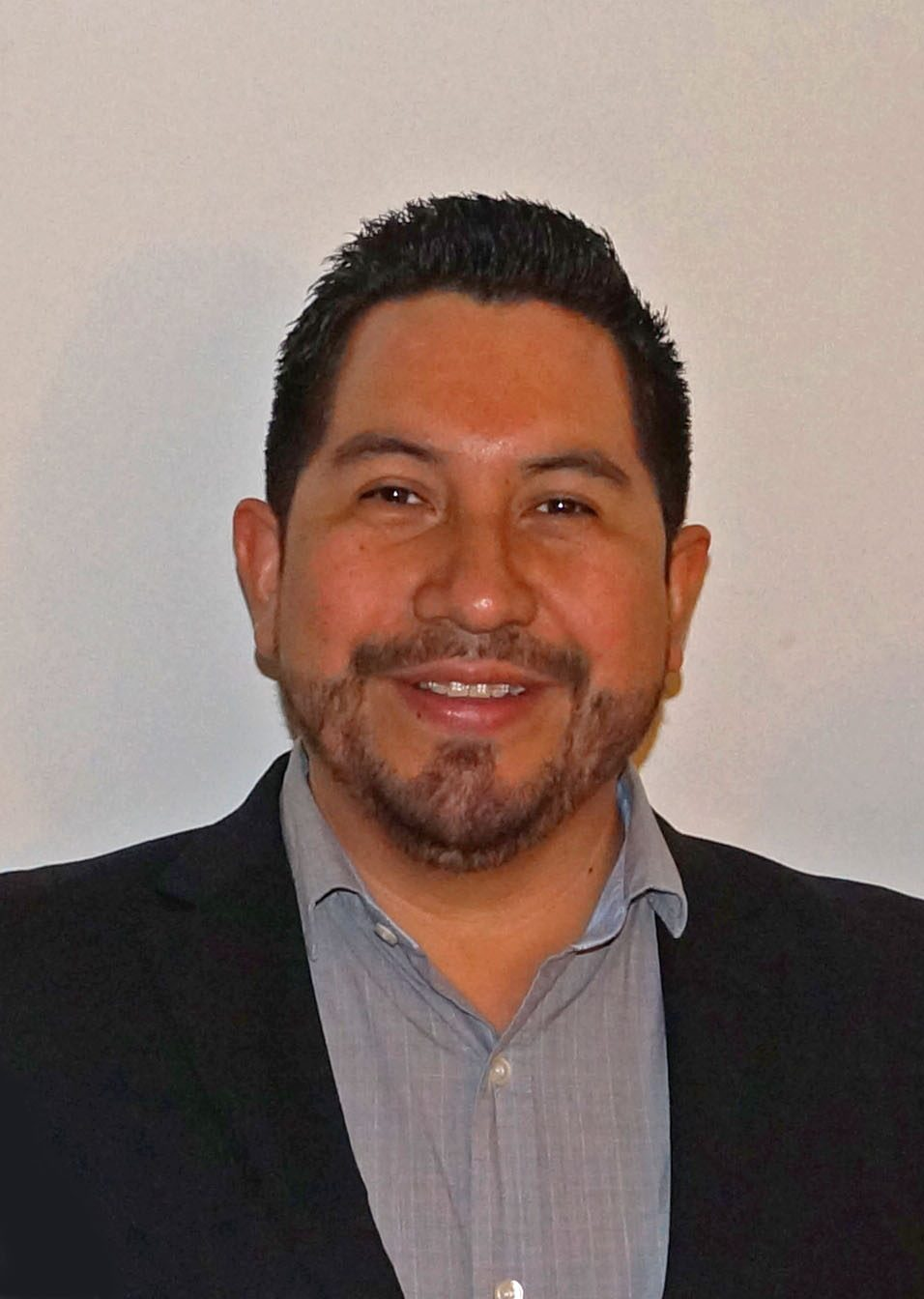 Dr. Santiago Cruz Zapata